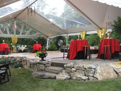 Frame tent with Clear Mid Section